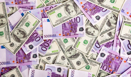 баксы и евро