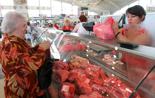 В Беларуси снижаются цены на мясо и мясопродукты