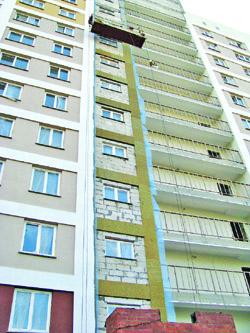 Орша. Один из последних долгостроев Витебщины, 144-квартирный жилой сборно-каркасный дом в микрорайоне Заднепровье-3 был сдан в эксплуатацию 30 июня