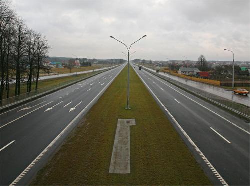 В Беларуси будут строить новые дороги с цементобетонным покрытием