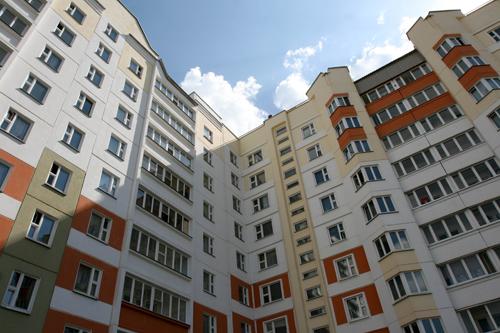Президент Беларуси требует справедливого распределения арендного жилья