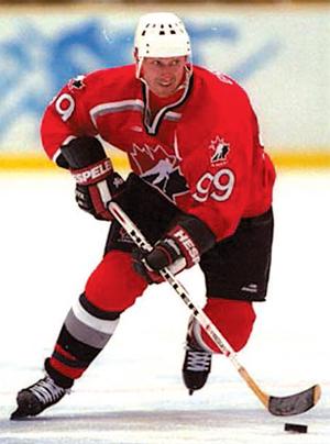 Wayne Gretzky in the photo…