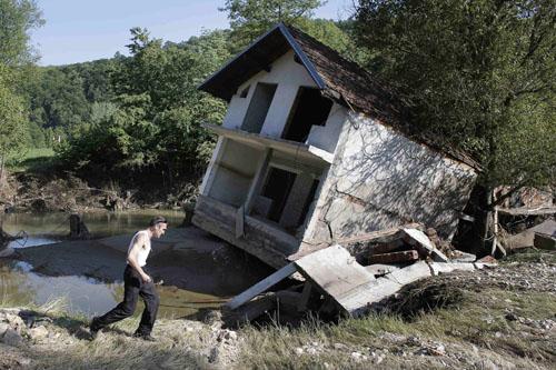 Белорусские спасатели вернулись из Сербии