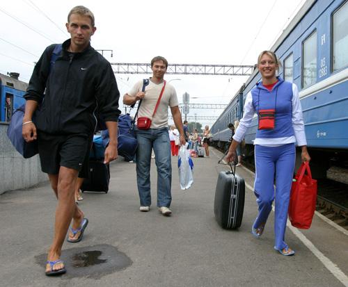 Белорусские поезда будут следовать по Украине по измененному расписанию