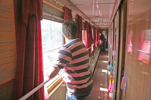 поездов через Украину