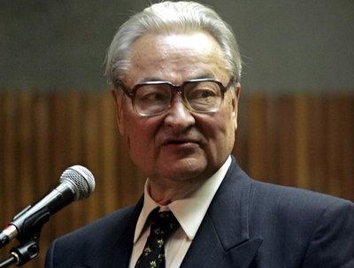 Ушел из жизни белорусский поэт Геннадий Буравкин