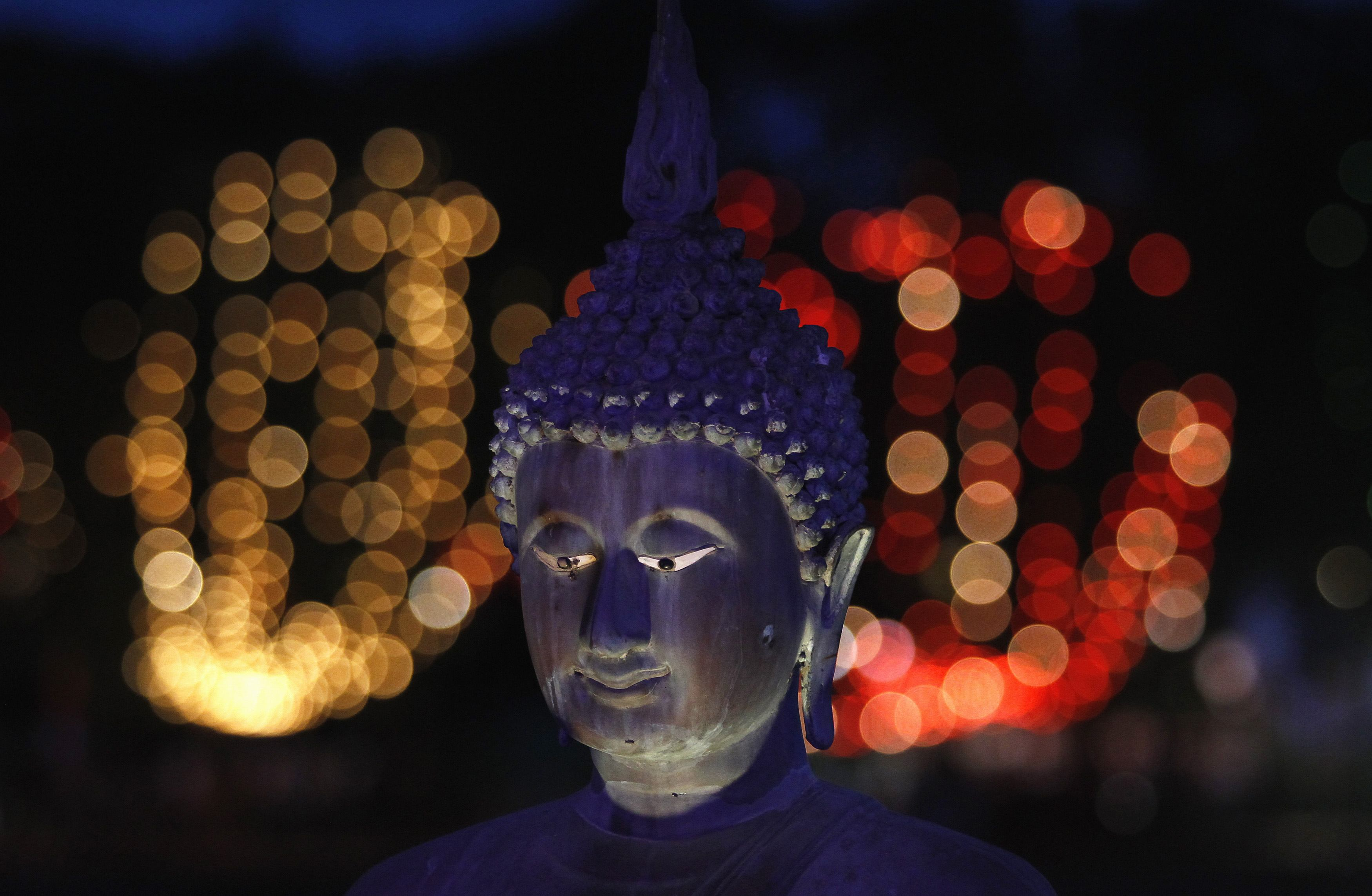 Украденный прах Будды нашли в Камбодже