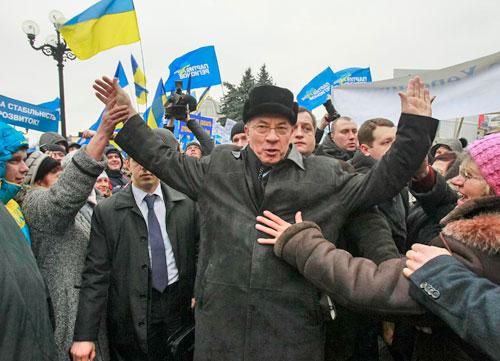 украина, премьер, азаров, отставка