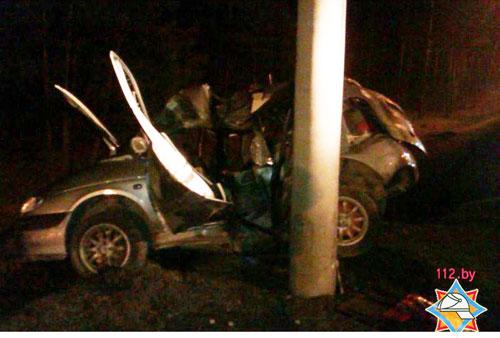 В Минске спасатели деблокировали пострадавшего в ДТП пассажира