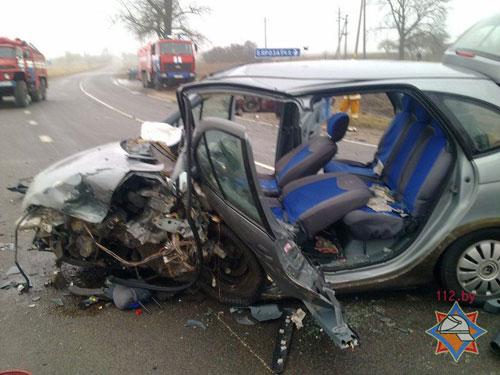 Столкновение легковых автомобилей «Рено-Меган» и «Хонда-Цивик» произошло 3 марта в Пуховичском районе (возле деревни Березовка)