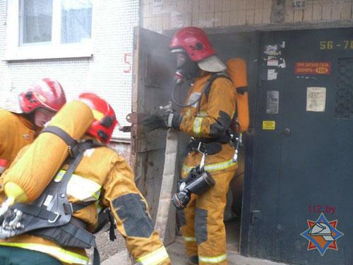 В Витебске и Минске из горящих подвалов спасены пострадавшие