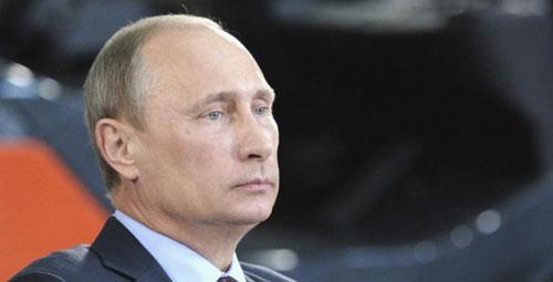В Екатерининском зале Кремля 21 марта состоялась церемония подписания законов о присоединении к России Крыма и Севастополя
