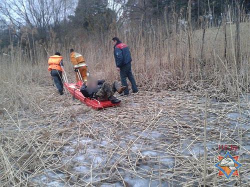 В Поставах спасен провалившийся под лед мужчина