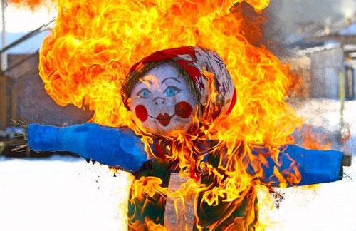 В Сморгони пройдет конкурс на лучшую масленичную куклу