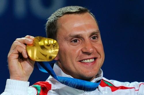 Алексей Гришин с золотой медалью