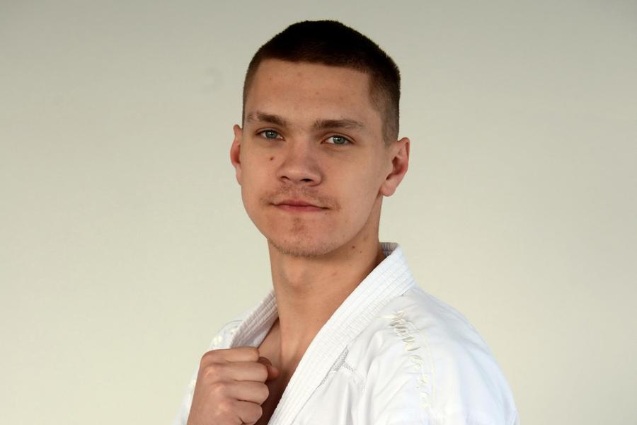 Призер чемпионата Европы по карате Антон Исаков рассчитывает попасть на  пьедестал II Европейских игр и Олимпиады