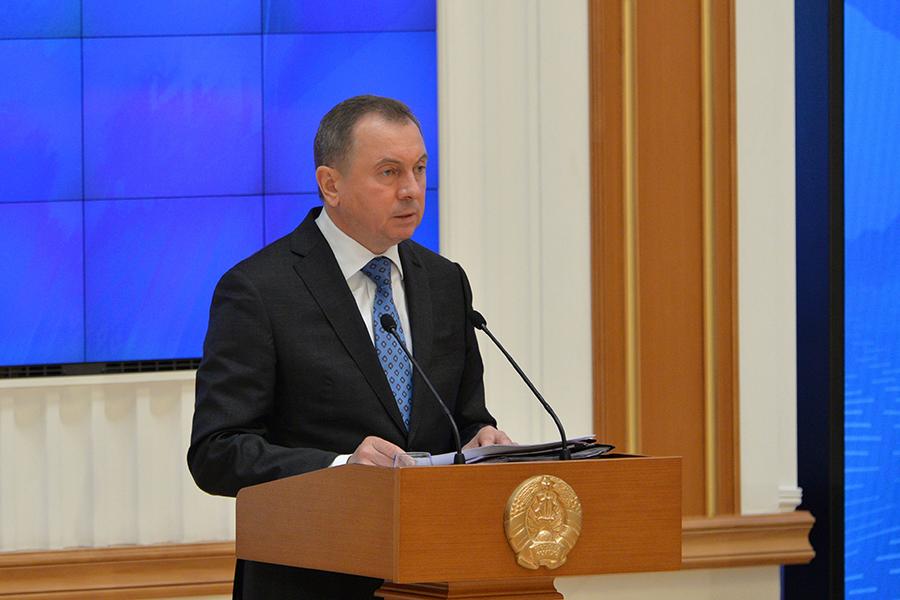 Беларусь может закрыть часть диппредставительств зарубежом