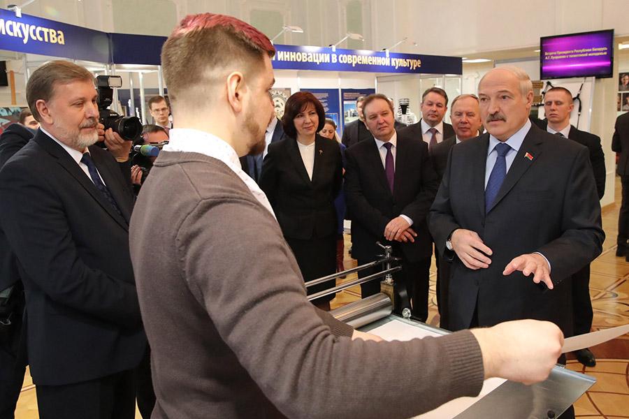 Лукашенко пожалел опросмотре фильма «Смерть Сталина»