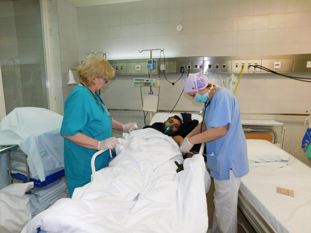 ВХорватии госпитализировали 42 мигрантов, которые отравились угарным газом вфургоне