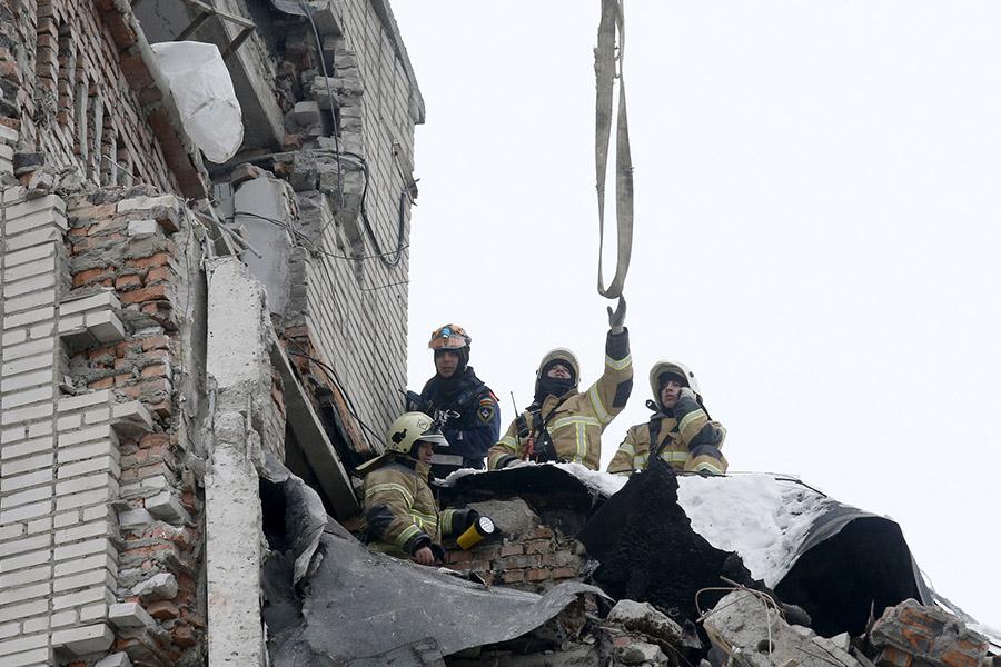 Сейчас  Ростовская область. Вгороде Шахты произошел взрыв газа вдевятиэтажке