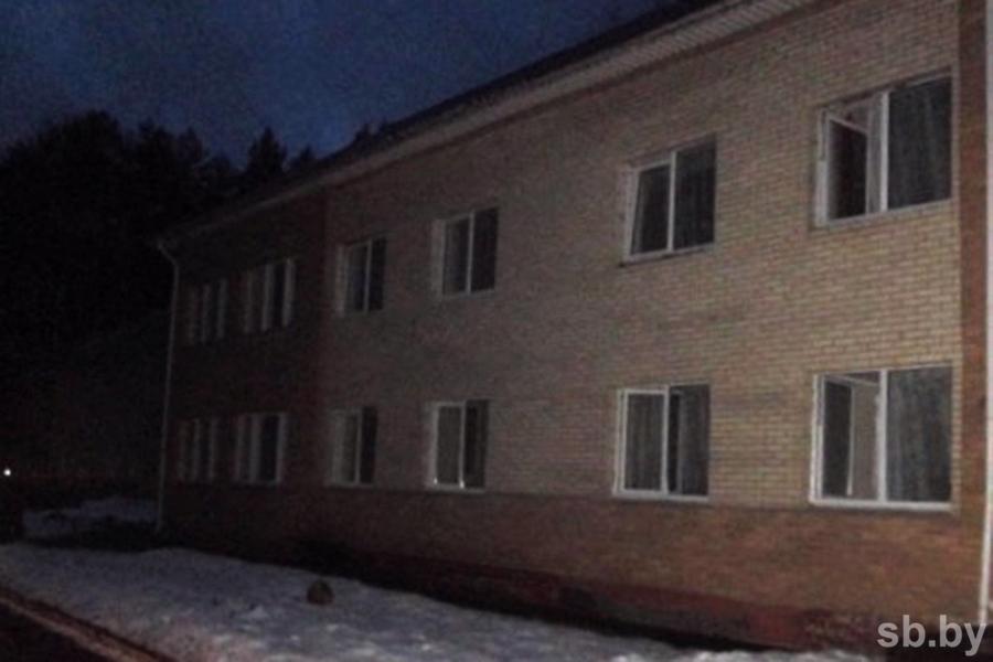 30-летний мужчина умер напожаре всанатории наНарочи