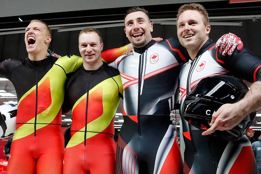Канадские и германские бобслеисты поделили золото ОИ-2018 всоревнованиях двуместных экипажей