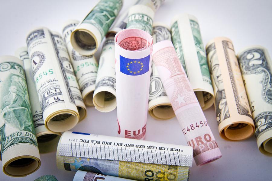 Белорусский руб. ослабел ктрем основным валютам наторгах 27июня