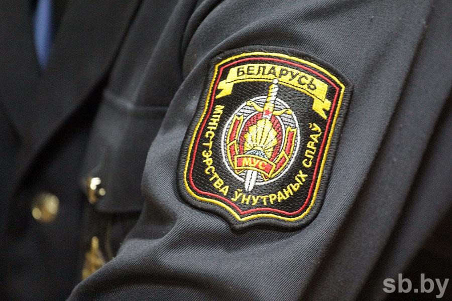 В Кобрине трое школьников украли урну для пожертвований