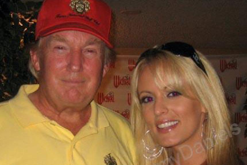 Порноактрисе оплатили замолчание овнебрачной связи сТрампом