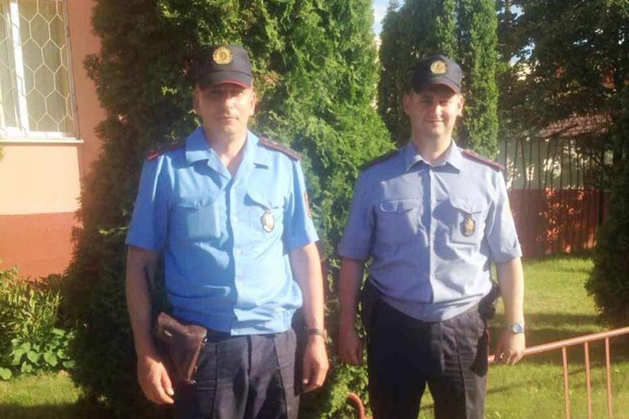 ВБресте задержали мужчину, который болгаркой пытался вскрыть банкомат