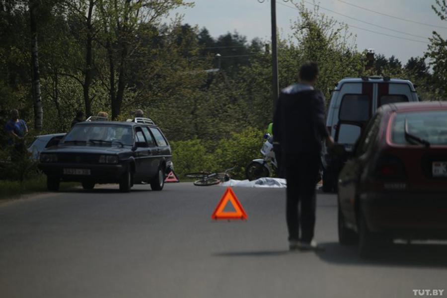ВГродно ребенок навелосипеде попал под трактор и умер