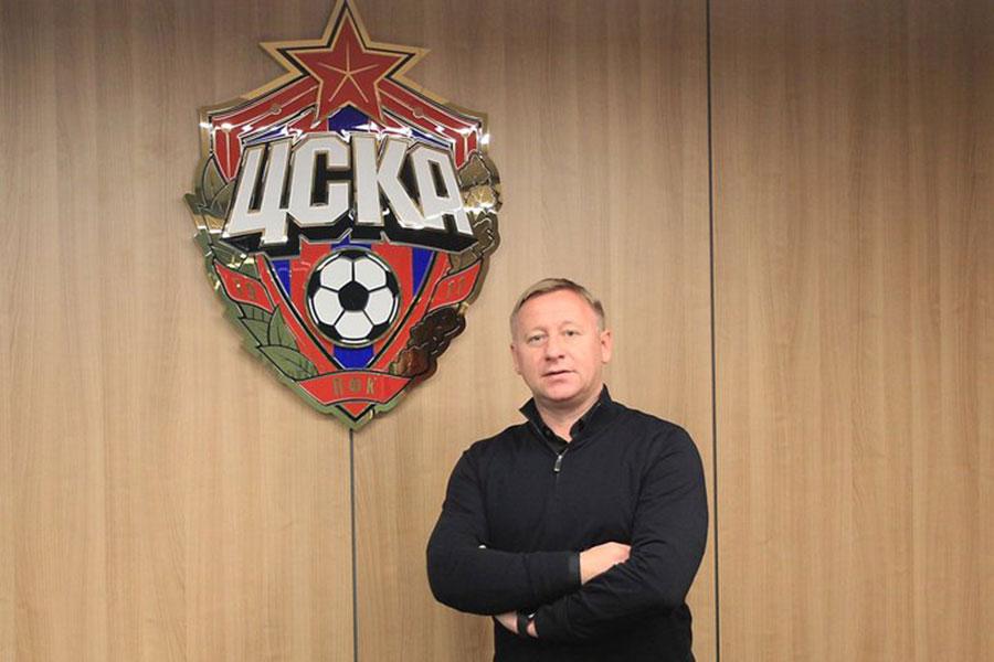 Доэтого работавший вБАТЭ Ермакович вошёл втренерский штаб ЦСКА