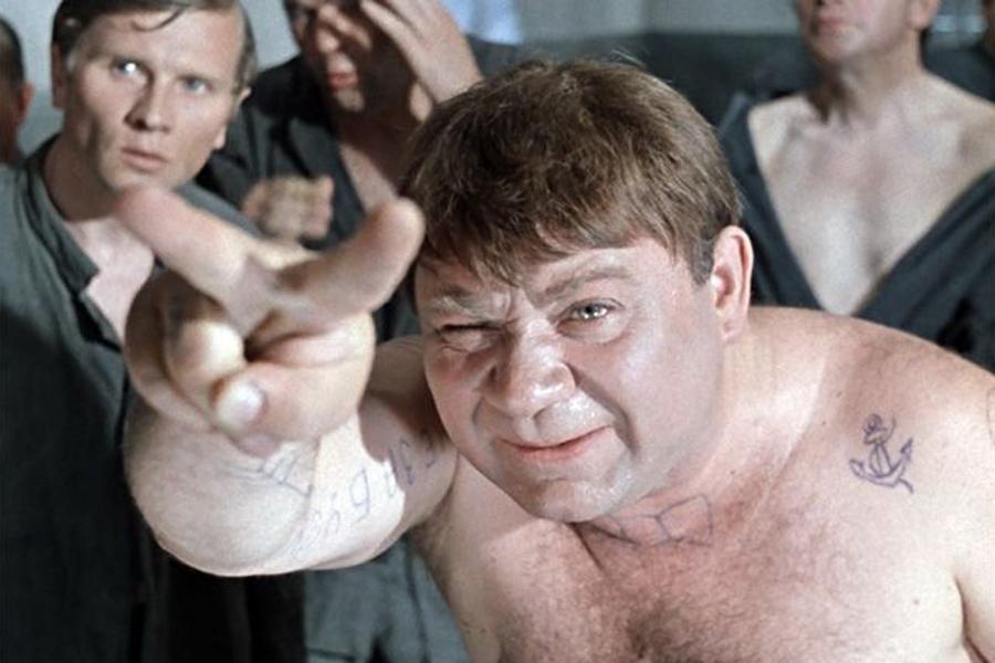 Футбольные болельщики устроили массовую драку вцентре Борисова