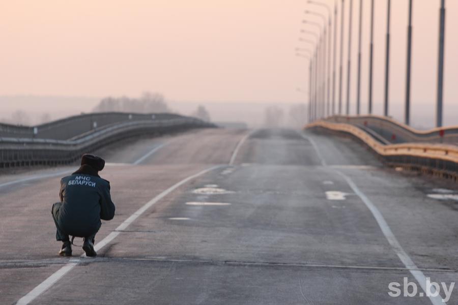 Первопричиной разрушения моста над Припятью могли стать его конструкционные недочеты - Калинин
