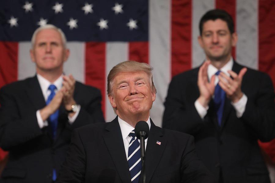Трамп подписал указ «Покупай американское, нанимай американцев»