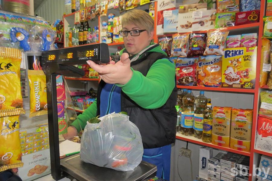 У магазинов шаговой доступности проблемы с качеством товара и сервисом