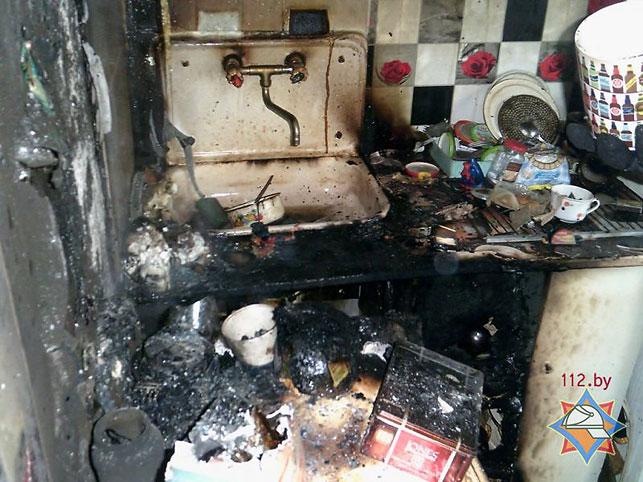 ВНовополоцке изгорящей квартиры спасли 2-х женщин игрудного ребенка