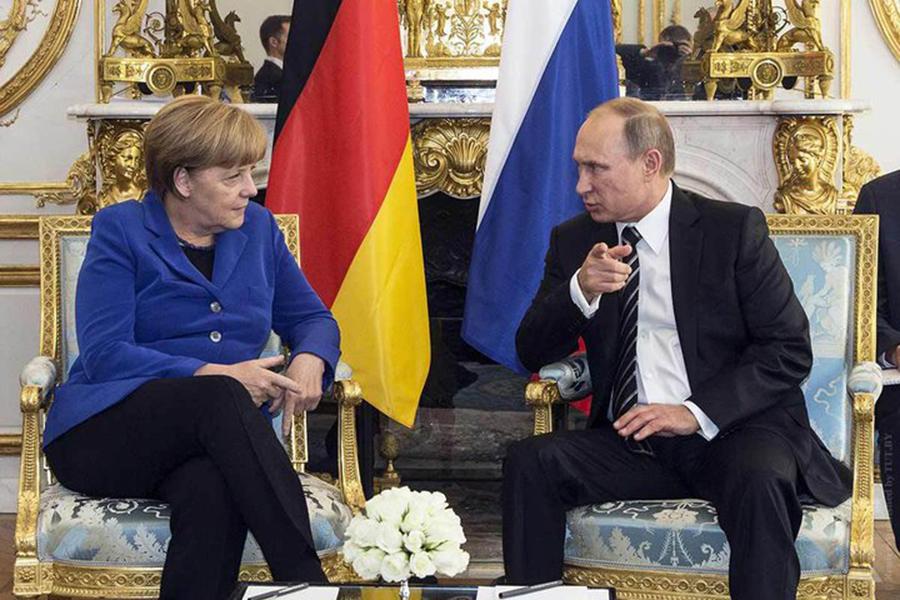 Меркель, Путин иМакрон обсудят вГамбурге конфликт