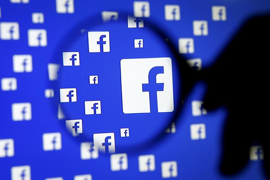 Фейсбук  шпионит зателефонными разговорами пользователей