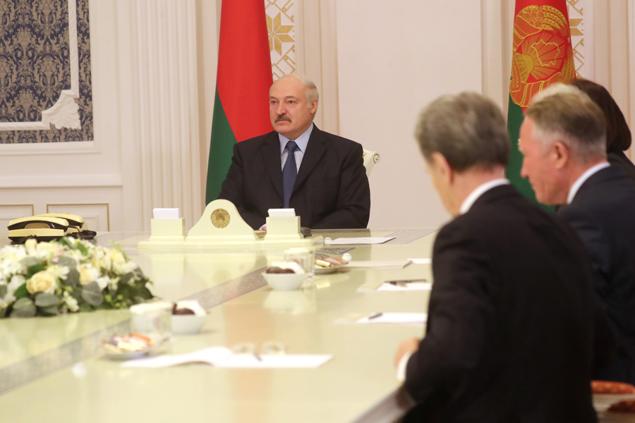 Правый сектор пообещал военную помощь Минску вслучае конфликта сМосквой