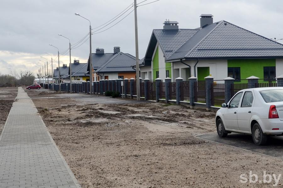 На ул. Поплавского для строительства путепровода начали сносить жилые дома
