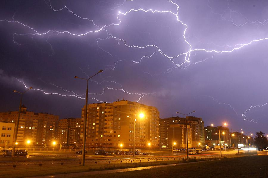 Опять оранжевый: вРеспублике Беларусь 4августа ожидаются грозы ишквалистый ветер