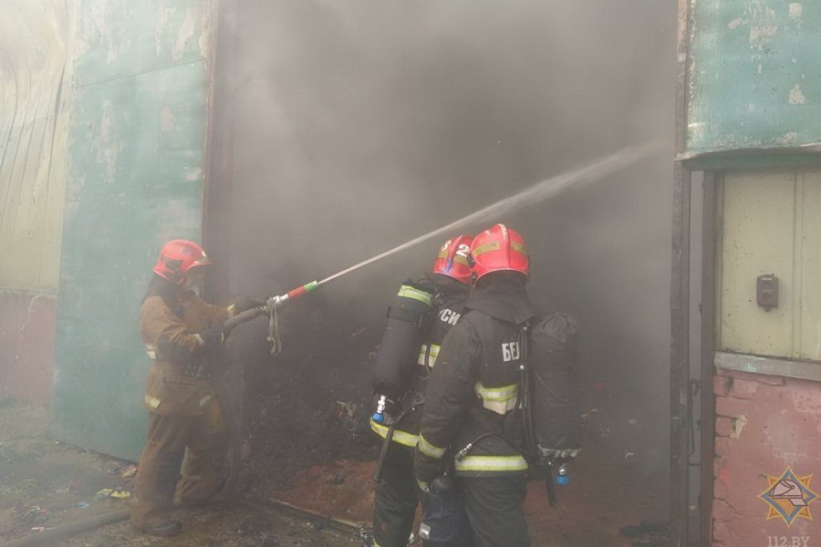 В Борисове горел цех по производству ватина