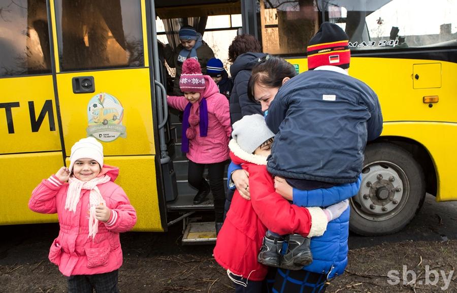 В Дрогичинском районе под Рождество 8 детей вернули маме