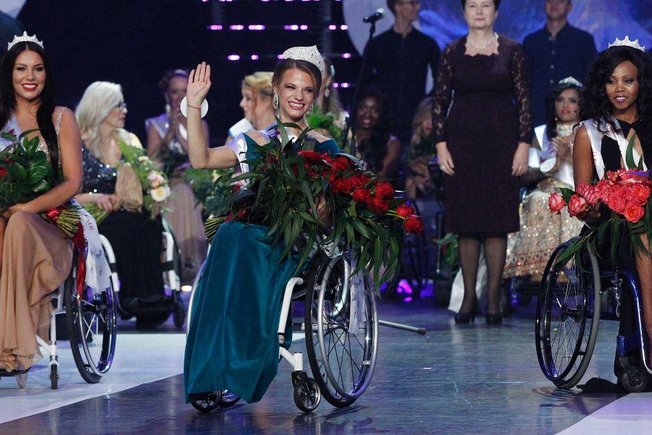 Александра Чичикова стала победительницей конкурса «Мисс мира наинвалидной коляске»
