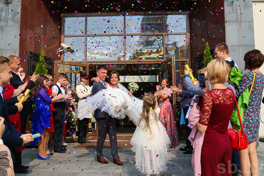 В Беларуссии распадается практически половина браков
