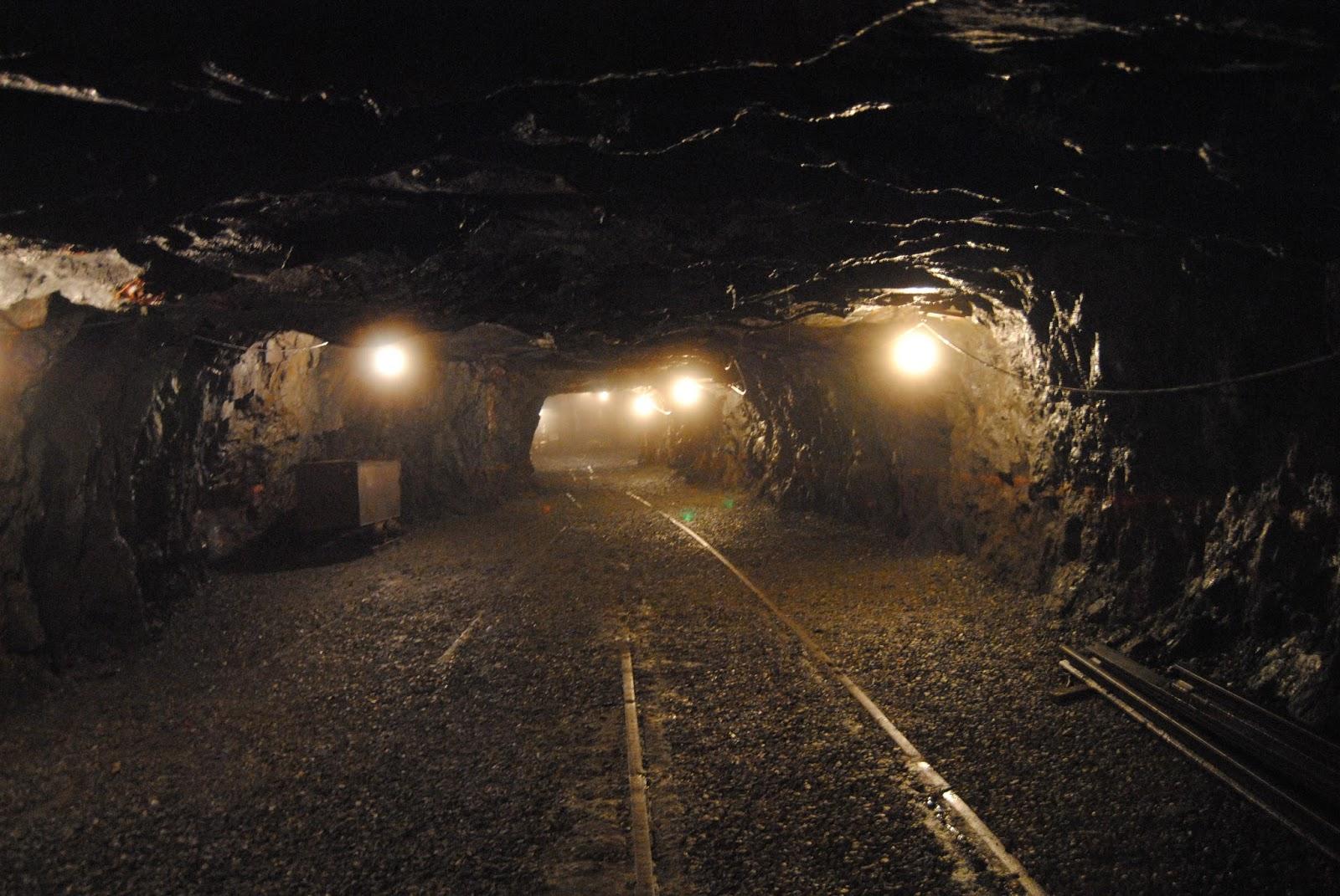 Подземный толчок впольской угольной шахте