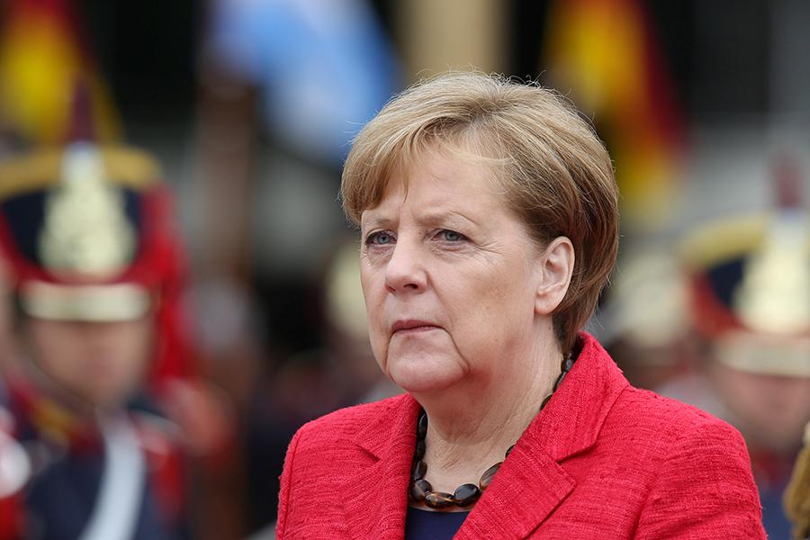 Меркель хочет создать Совет безопасности для Европейского Союза