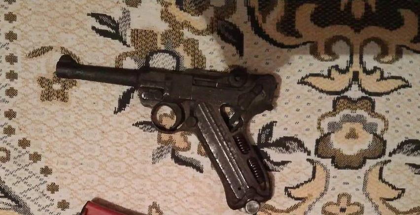 В Каменецком районе изъят пистолет, из аналогов которого расстреляли Берию и покушались на Трумэна