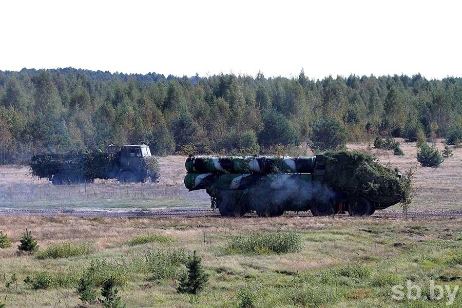 Министр обороны Польши: РФ готовится кгорячей войне